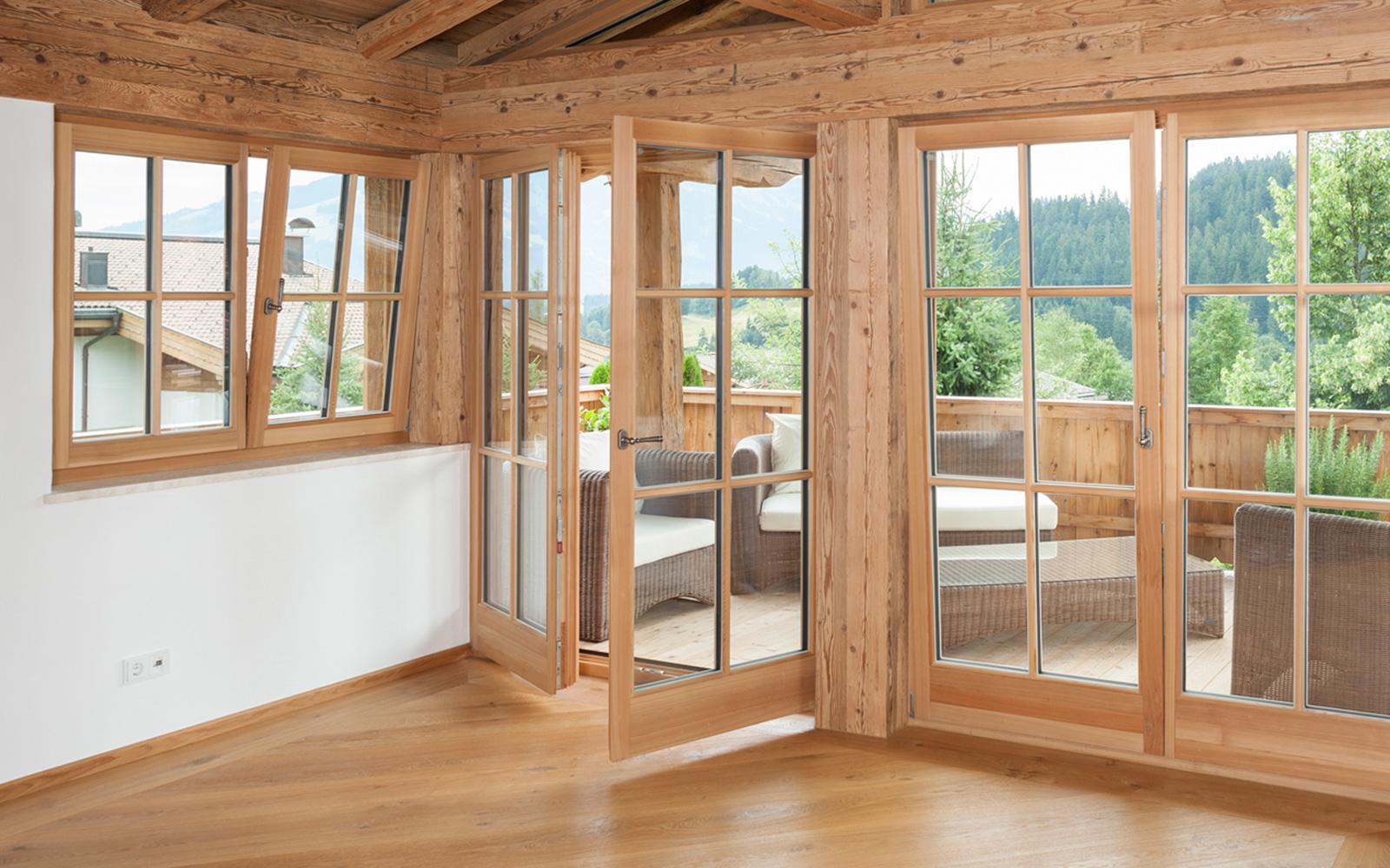 Regionale Qualitat Mit Perspektiven Holzfenster Naturlich Aus